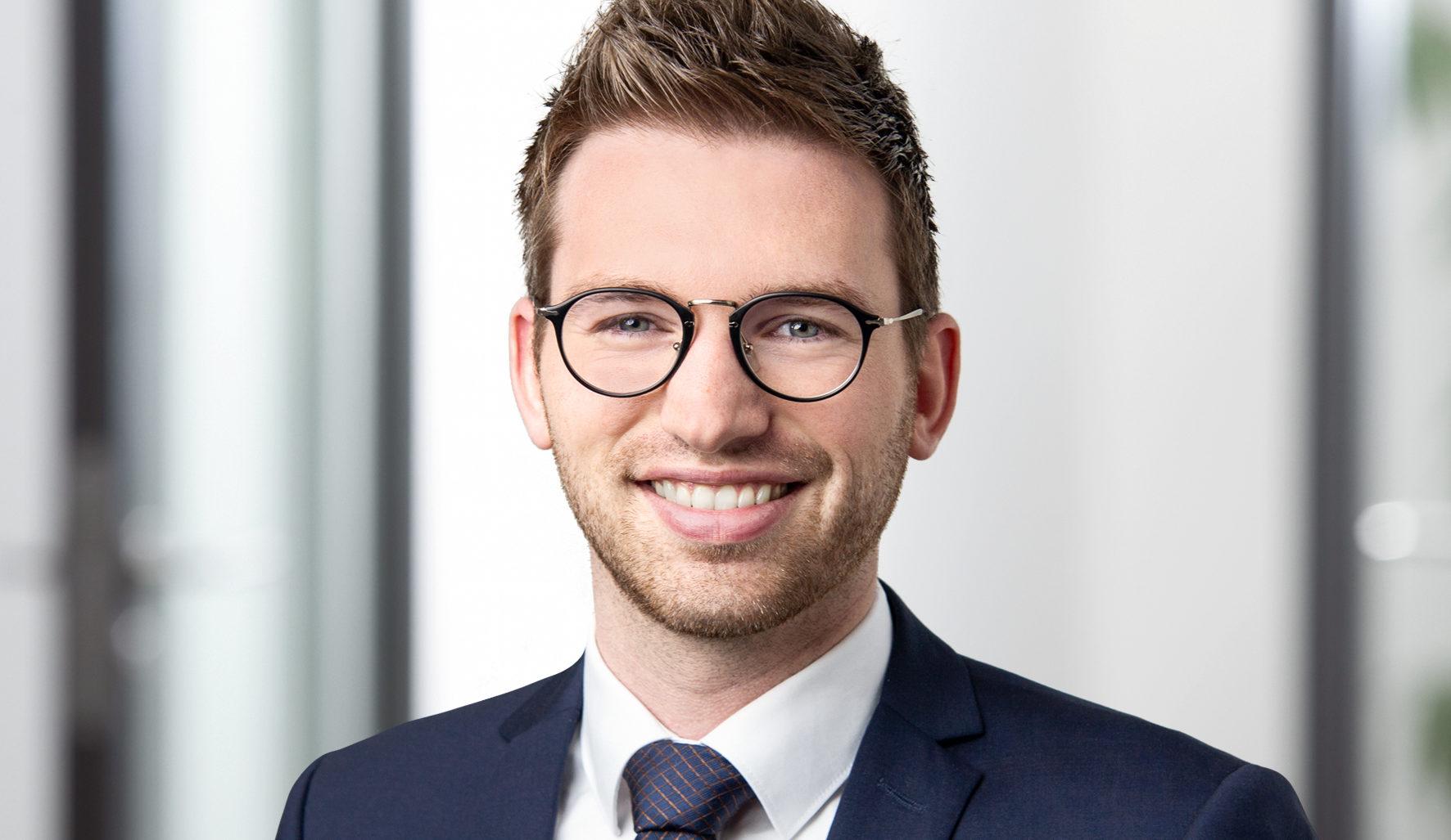 Lennart Brüggemann Anwalt eSport Glücksspielrecht